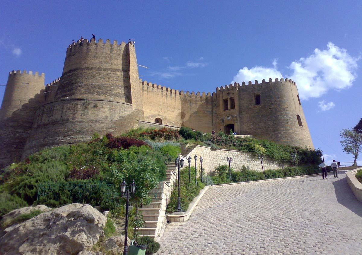 Замки Ирана