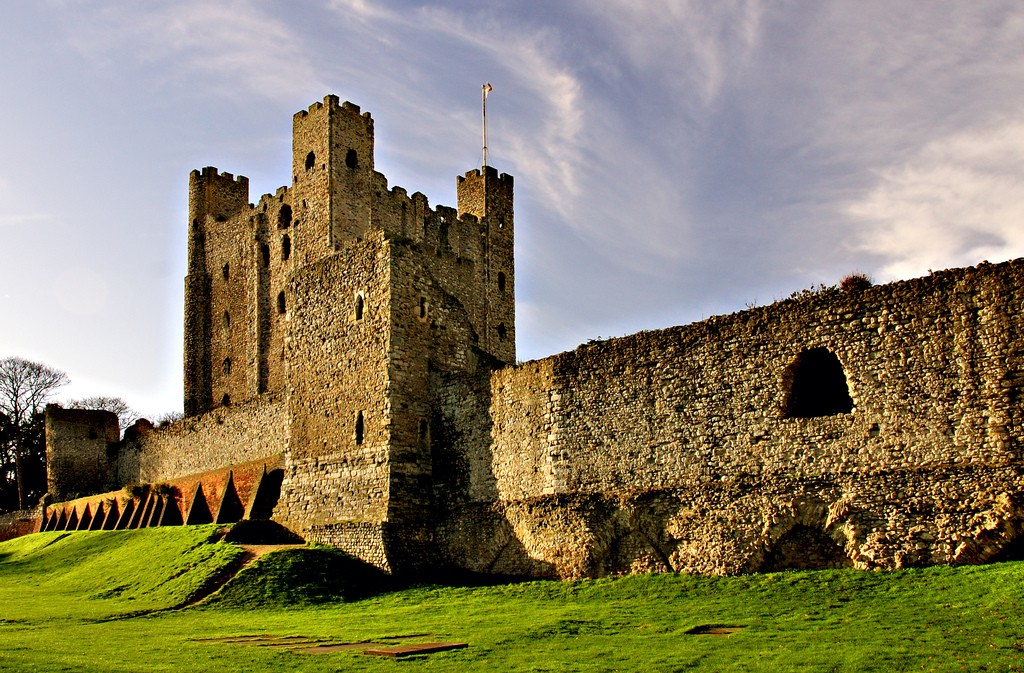 the importance of rochester castle during thr middle ages John ball is freed, and rochester castle surrenders also june loth the result of the peasants revolt , which had worked well during the early middle ages.