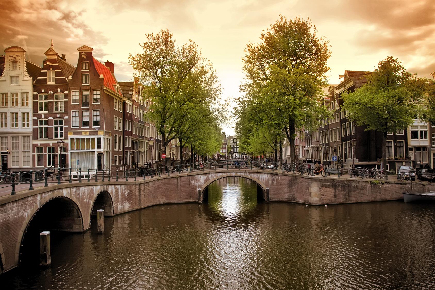 полученный результат достопримечательности амстердама фото и описание они позволяют