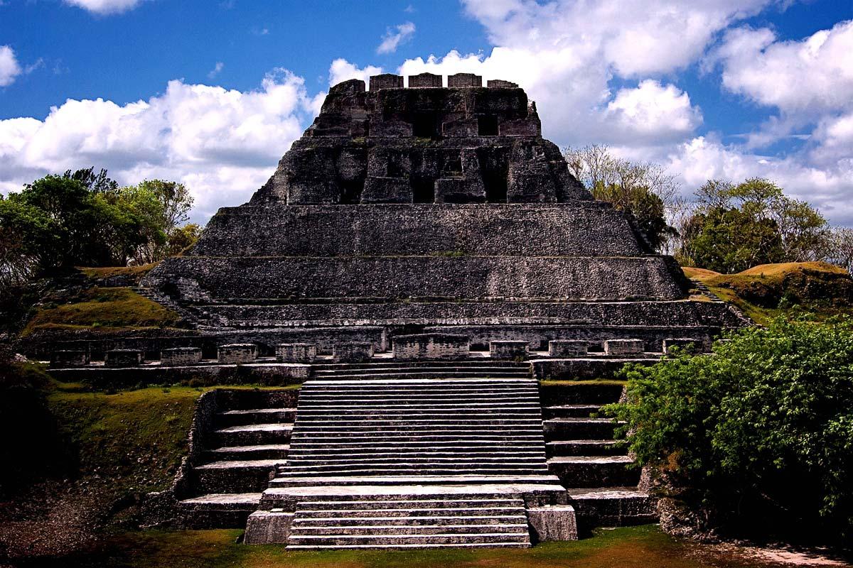 mayan sacrifice temple - HD1200×800