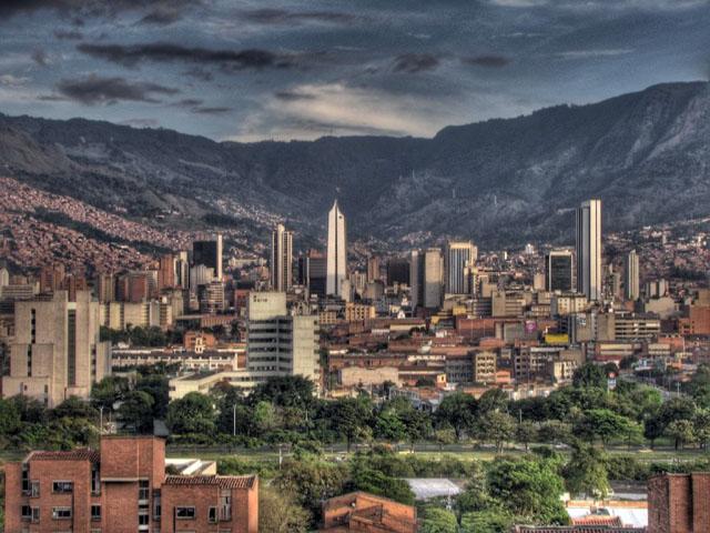 Картинки по запросу Город Армения - город, расположенный в Колумбии. Город Армения один из красивых городов Колумбии.