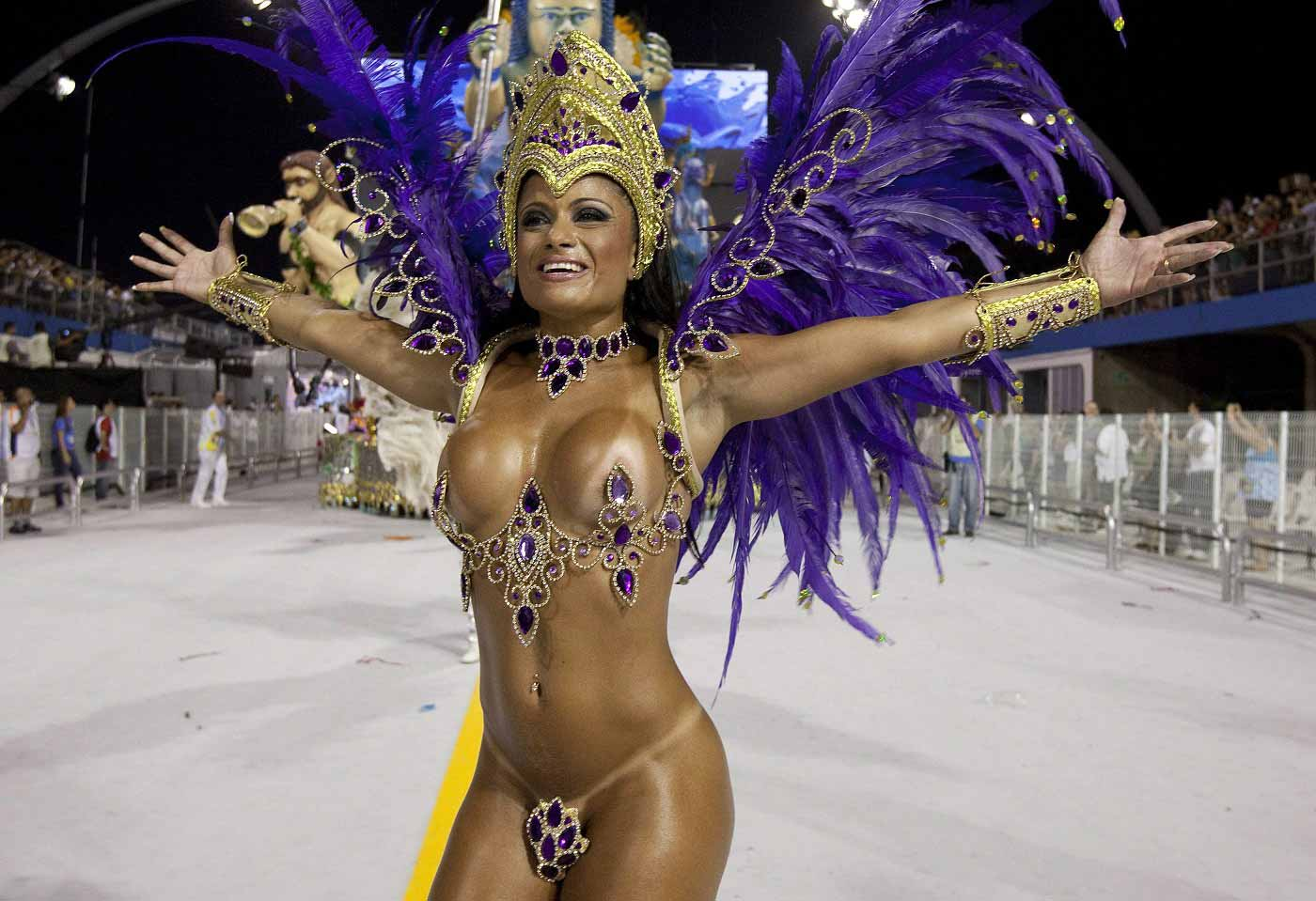 фото красивых девушек на карнавале
